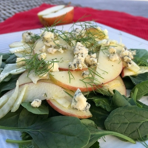 KORU® Apple & Fennel Salad